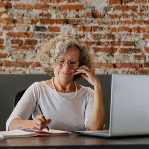 grandmother_with_laptop.jpeg