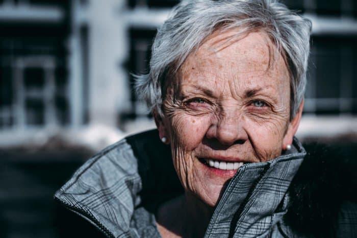 elderly_woman_outside.jpeg