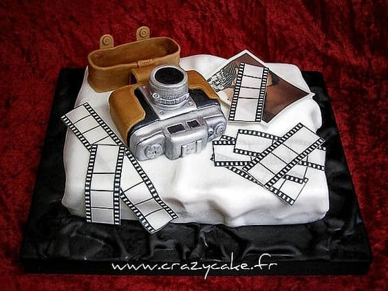 photography-themed cake